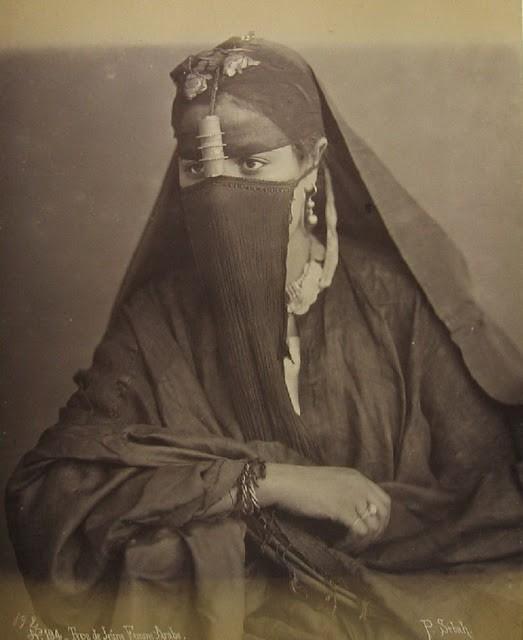 Portrety_zhenshchin_severnoy_Afriki_1880_1950_godov3