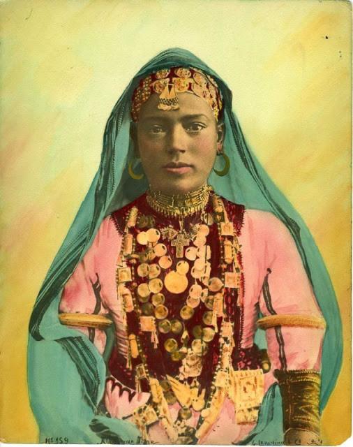 Portrety_zhenshchin_severnoy_Afriki_1880_1950_godov11