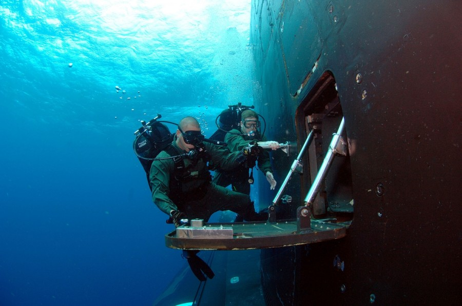 us_navy_seal_ponorka_big