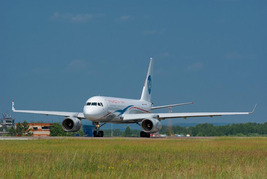 Tu 204-300
