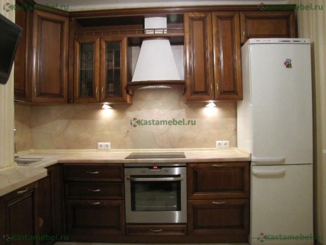 Кухонные гарнитуры из массива