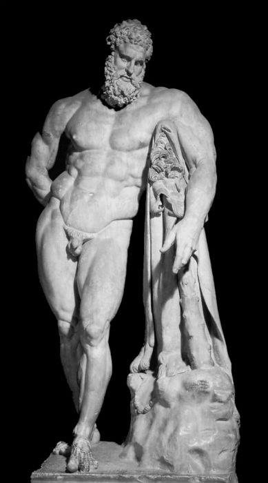 Геракл Фарнезе. Римское мраморное повторение 3  века н. э. по бронзовому оригиналу скульптора Лисиппа.jpg