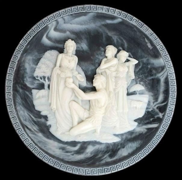 Алан Брунетти Суд Париса декоративная тарелка-камея.jpg