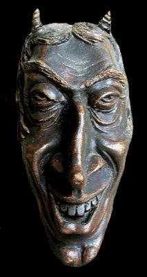 Декоративная настенная маска Мефистофель.jpg
