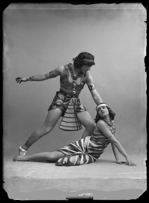 Михаил и Вера Фокины в балете Египетские ночи 2.jpg