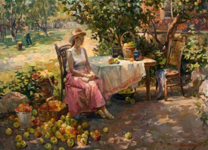 В яблоневом саду.jpg