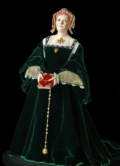 Джордж Стюарт (1929) - кукла Екатерина Арагонская.jpg