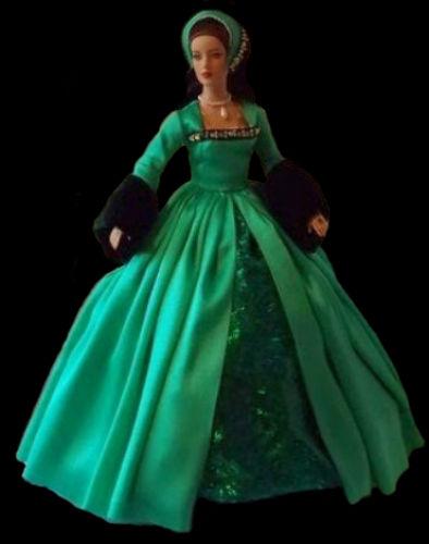 Кукла Анна Болейн 2.jpg