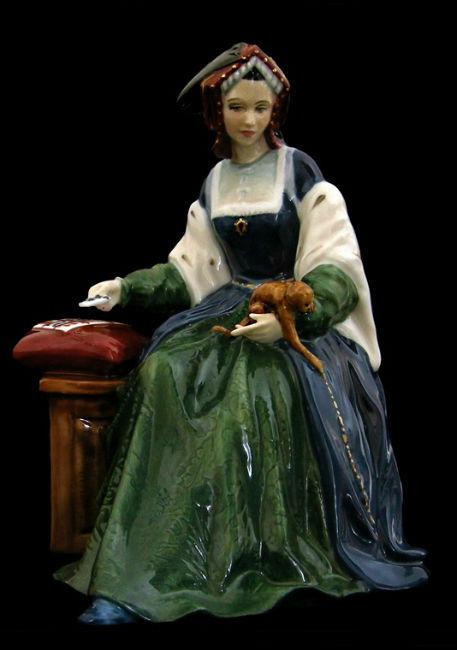 Royal Doulton - Екатерина Арагонская - серия Шесть жен короля Генриха XIII - Дизайнер P.jpg