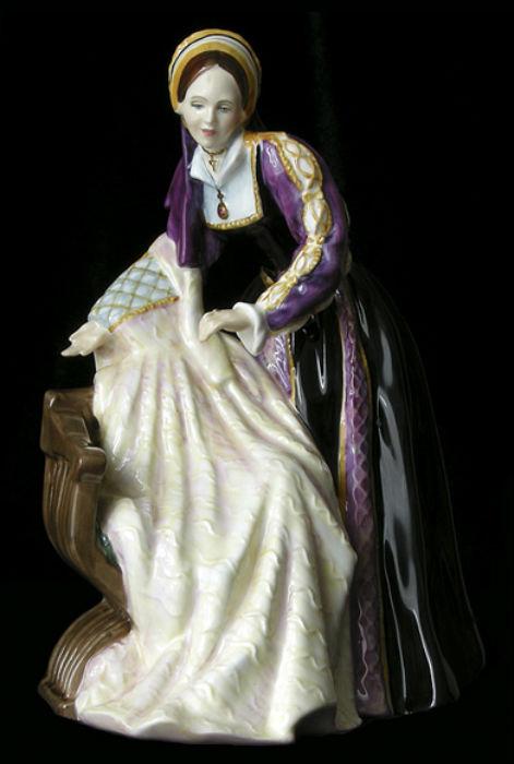 Royal Doulton -Ekaterina Hovard.jpg