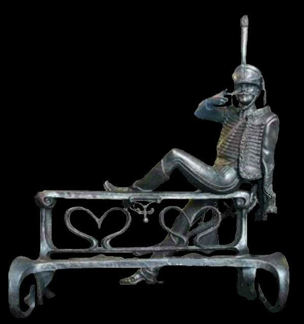 Скульптура поручика Ржевского.jpg