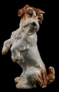 Танцующая собачка - фабрика Карла Энса (Karl Ens), Германия. 1920-е годы.jpg