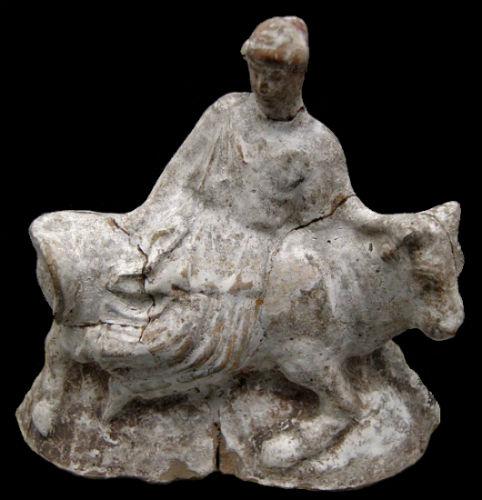 Античная терракота Европа на быке.jpg