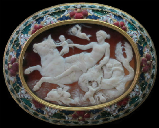 Arte_romana_anfitrite_su_un_toro_marino_ritoccato_nel_rinascimento.jpg