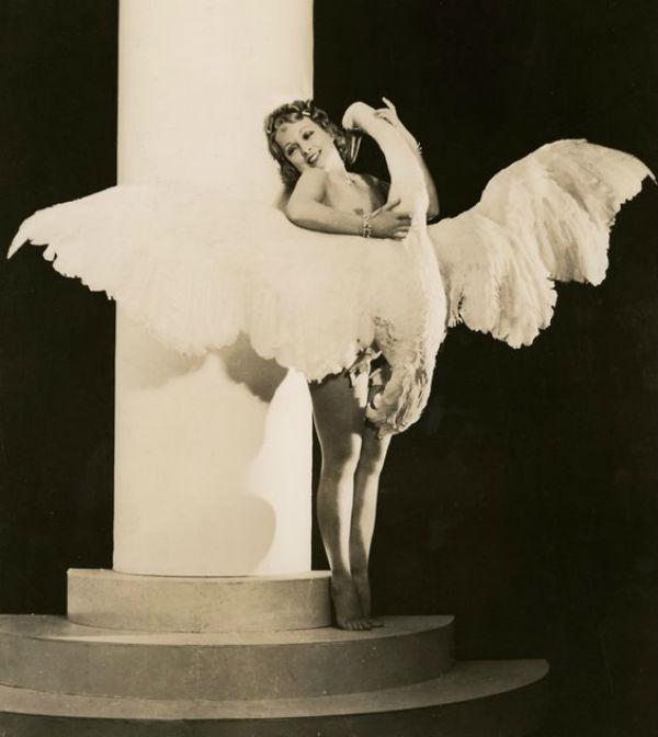 Helen O'Shea at Leda from the Ziegfeld production of Leda and the Swan.jpg