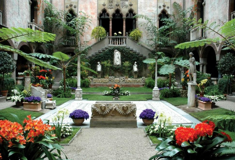 7 - Внутренний дворик музея - Фото gardnermuseum.org.jpg