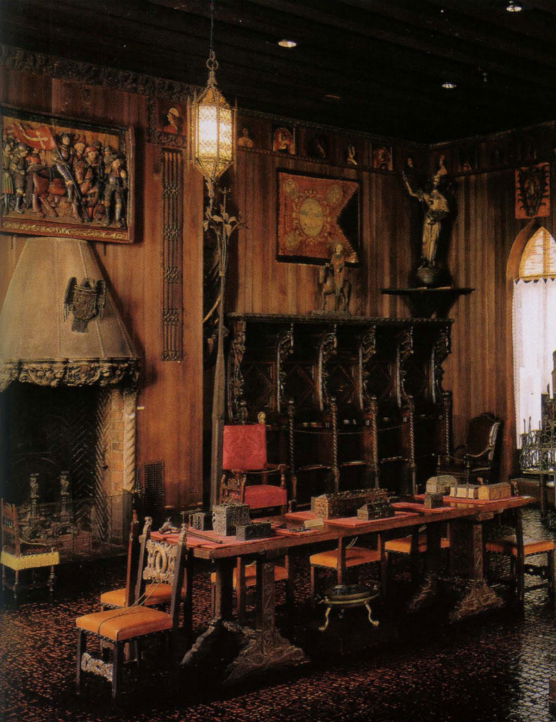 9 - Готическая комната в музее.jpg