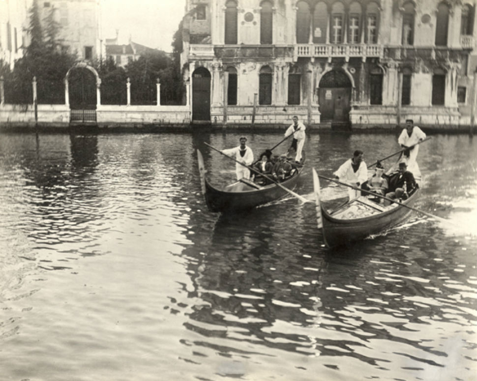 27 - Венеция - Гарднеры и Цорны на отдыхе.jpg