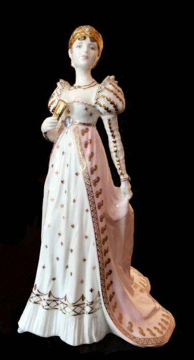 Жозефина - серия Роковые женщины - Англия - Coalport.jpg