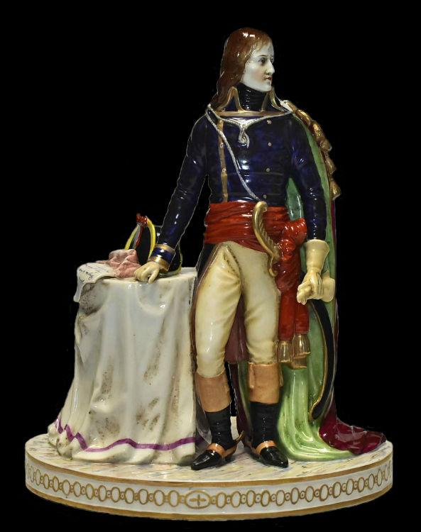 Наполеон Бонапарт - Египетская кампания -  - Германия - Саксонский фарфор - начало XX века.jpg