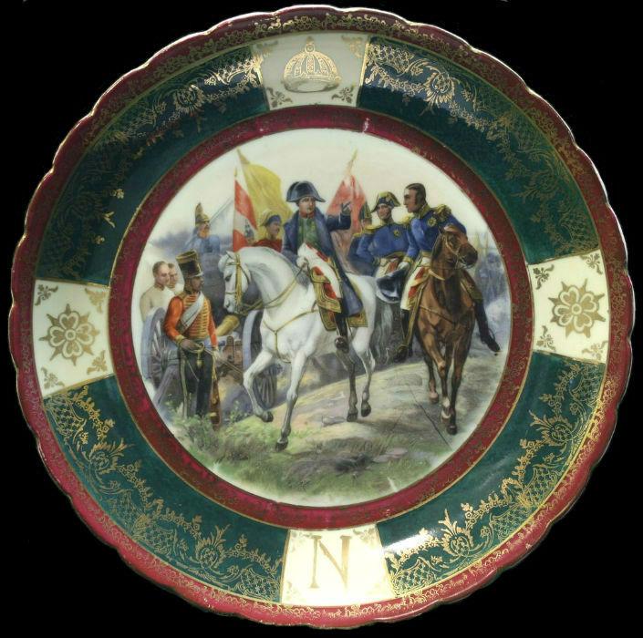 Декоративная немецкая тарелка «Наполеон под Фридландом» - Германия до 1904 года.jpg