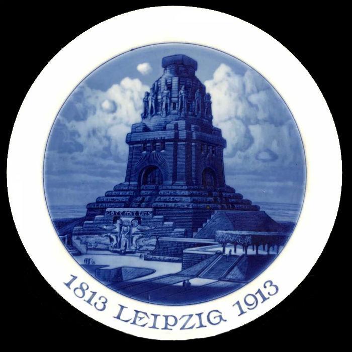 Тарелка декоративная посвященная 100-летию битвы под Лепцигом - Германия - Мейсен - 1913.jpg