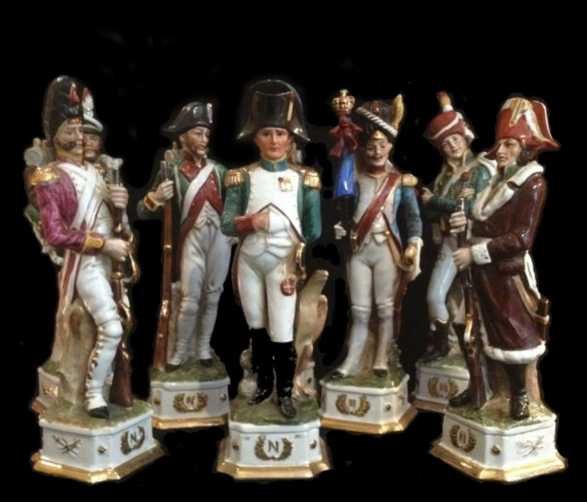 Наполеон маршал Ней и солдаты наполеоновской армии - Каподимонте - Италия.jpg