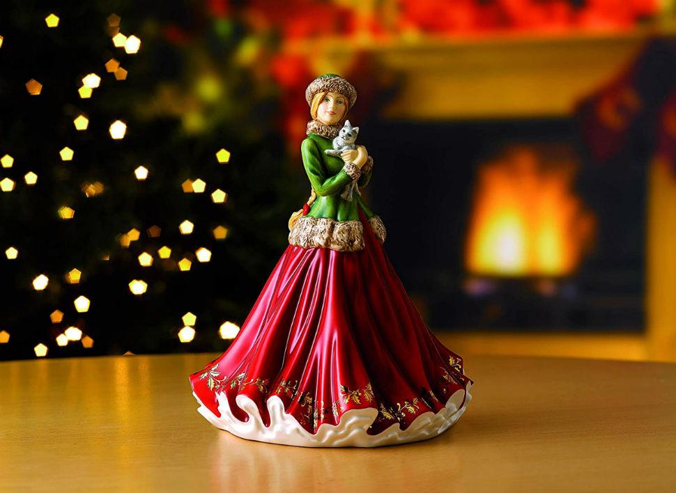 Christmas by Royal Doulton - 5.jpg