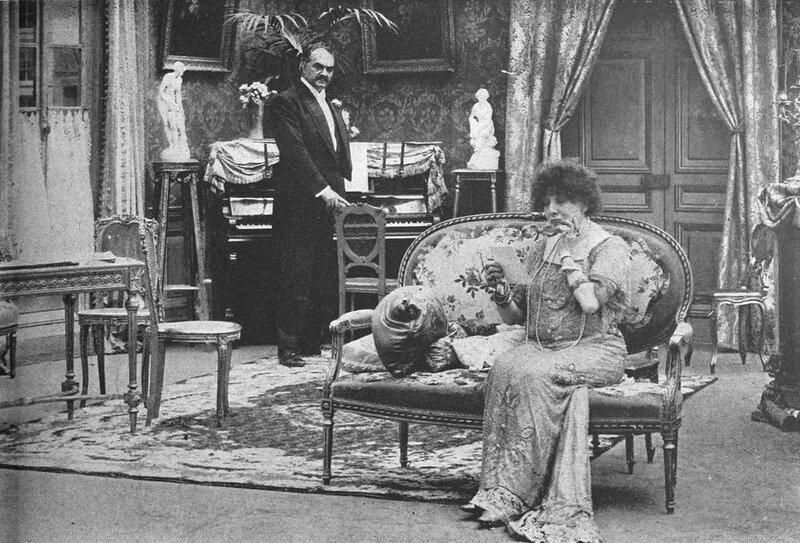 Сара Бернар в фильме Дама с Камелиями -  1912.jpg