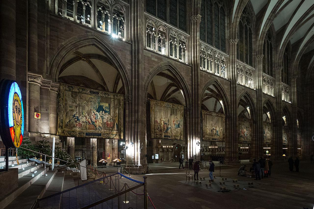 Tapisseries des scènes de la vie de la Vierge - Photo Claude TRUONG-NGOC.jpg
