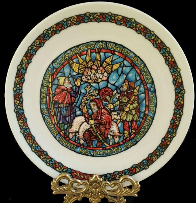4-Коллекционная рождественская тарелка -  D'Arceau-Limoges - Франция - 1970-е годы - 2.jpg