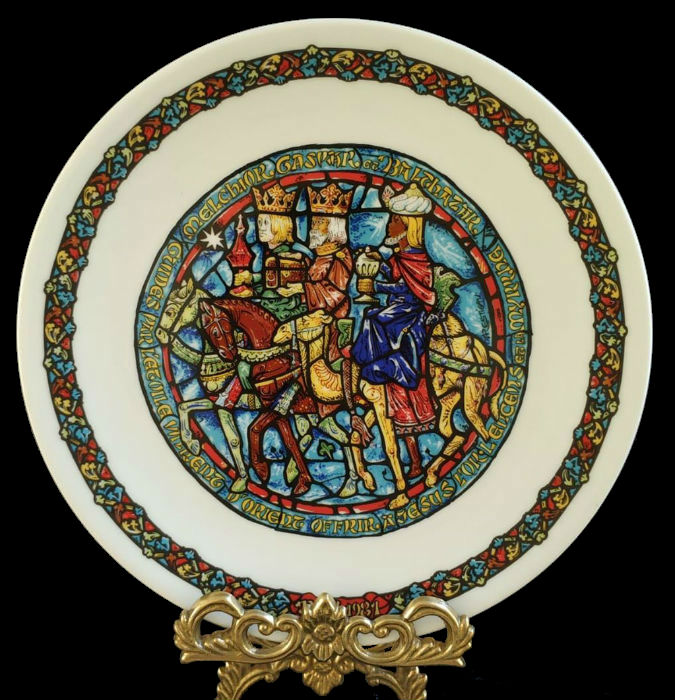 5-Коллекционная рождественская тарелка -  D'Arceau-Limoges - Франция - 1970-е годы - 1.jpg