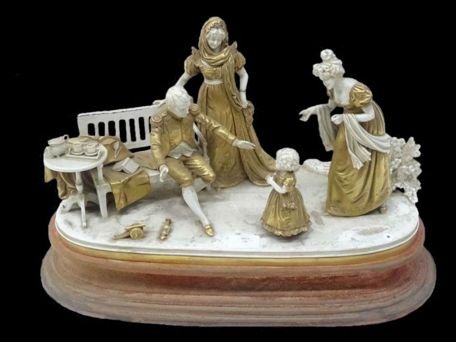 scene-d-interieur-en-porcelaine-representant-napoleon-1er-et-la-famille-imperiale&hellip-.jpg