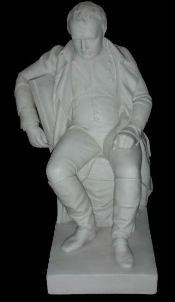 Наполеон на стуле - паросский фарфор Англия (Copeland) - скульптор William Theed (1804-1891).jpg