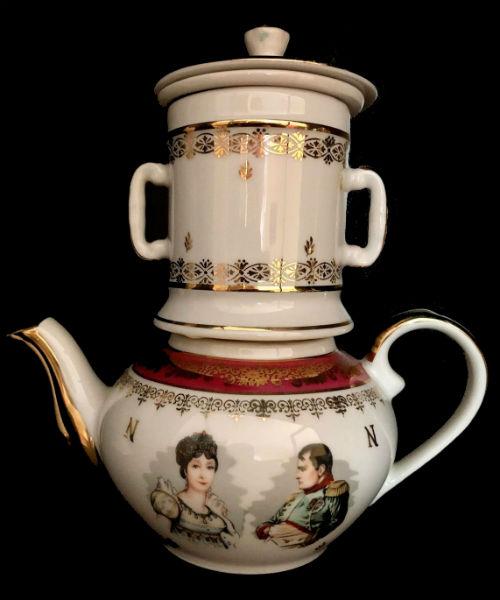 Коллекционный заварочный чайник - Лиможский фарфор -  Серия Наполеон и Жозефина.jpg