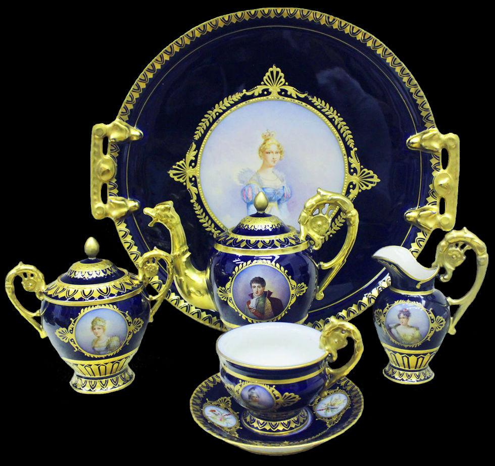 Сервиз эгоист с портретами членов семьи Наполеона - Франция - Севр.jpg