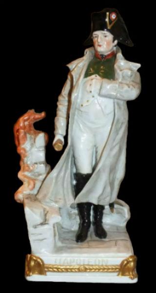 Статуэтка Наполеон - Пожар в Кремле - Германия - Scheibe-Alsbach - первая половина XX века.jpg