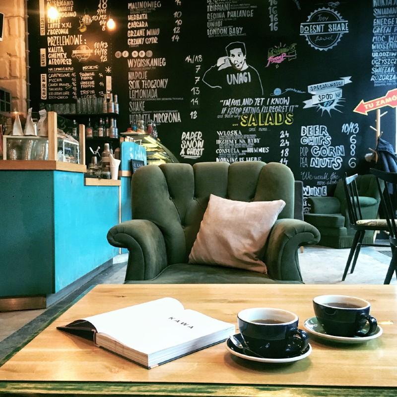 eMeSeN - кафе Варшава (2).jpg