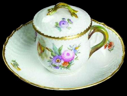 royal_copenhagen_saxon_flower_1221_custard_cup_and_saucer_set_with_lid_P0000080294S0019T2