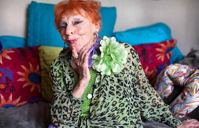 фотографии голых взрослых женщин и бабушек