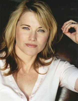 UPDATE - Lucy Lawless boards oil drilling ship