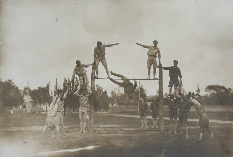 Физкультурники. г. Задонск. 1930-е. Задонский краеведческий музей