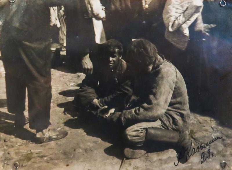 Сдача сельхозпродукции государству. 1929. Фотография А. Кузьмина. Чаплыгинский краеведческий музей