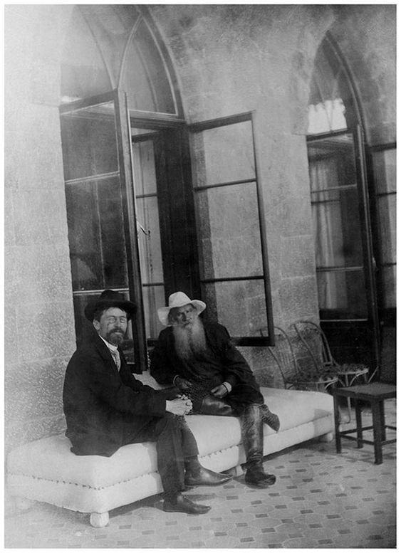 Лев Толстой и Антон Чехов в Гаспре. 12 сентября 1901