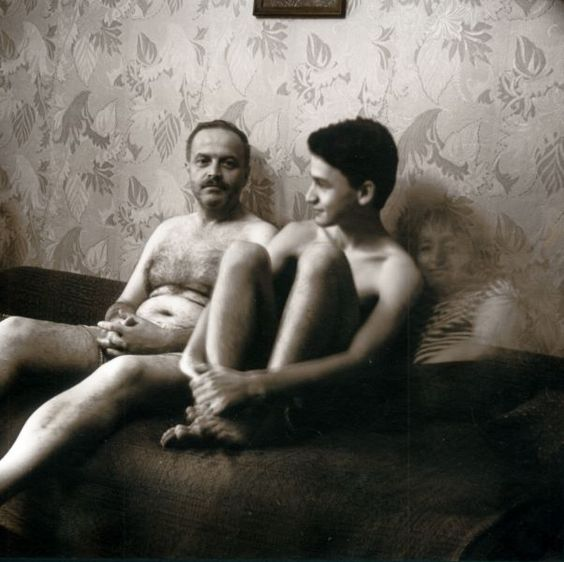 """Рита Островская. Мой муж, сын и я. Киев. 1995. из серии """"Присутствие"""""""