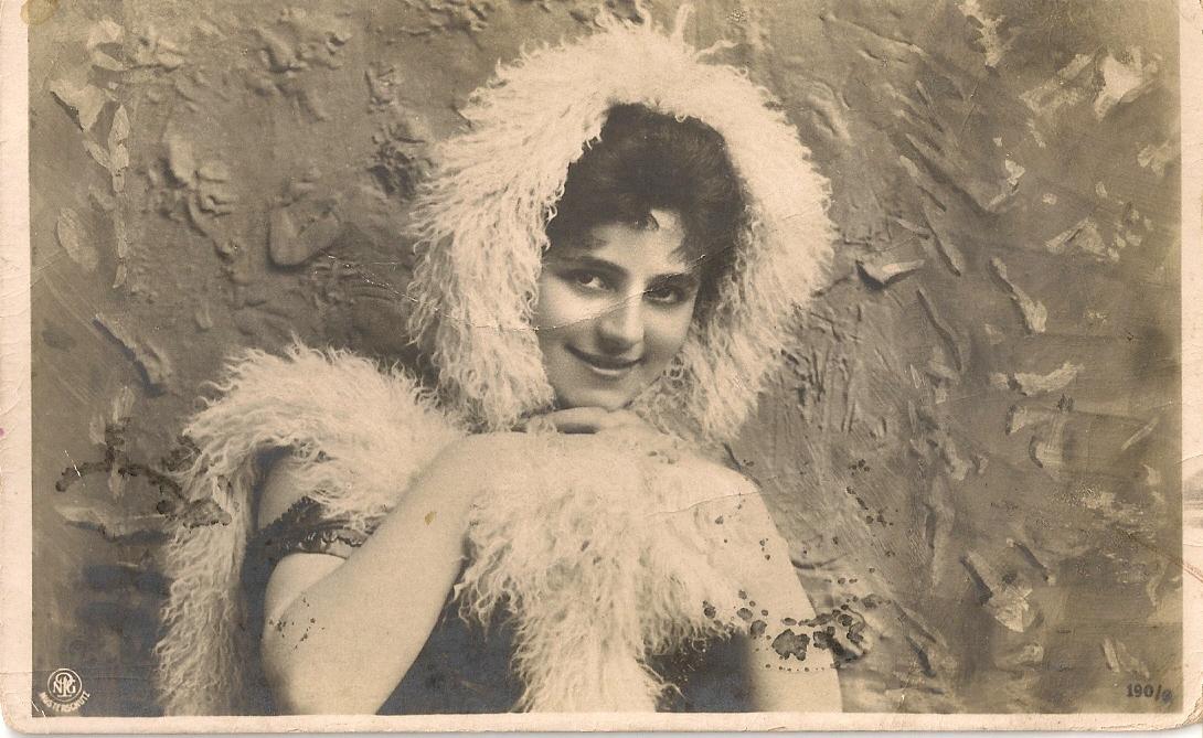 1915г. На обороте поздравление с Пасхой