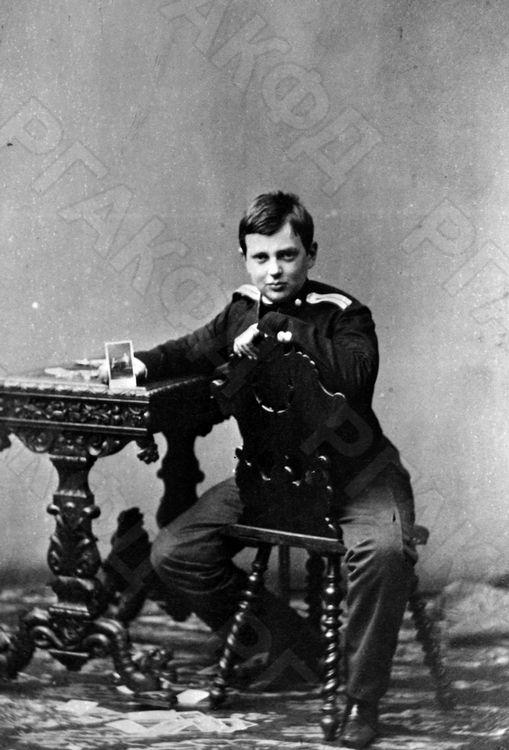Сын императора Александра II и императрицы Марии Александровны великий князь Владимир Александрович. г. Санкт-Петербург. Конец 1850-х – начало 1860-х гг. Фотограф неизвестен. РГАКФД.