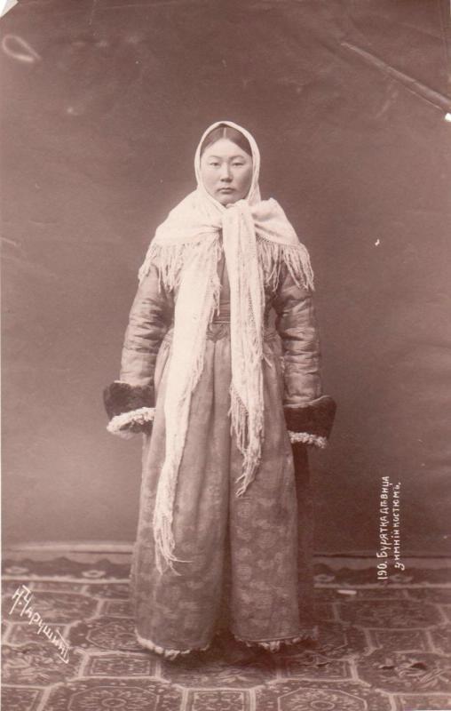Н. Чарушин. Бурятка-девица в зимнем костюме