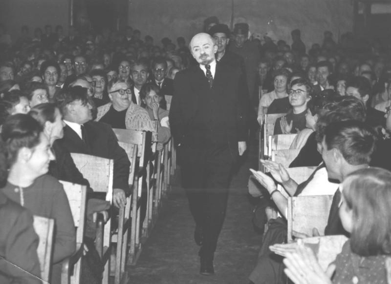 """Композиция """"Ленин с нами"""". Угличский народный драматический театр. 1967"""