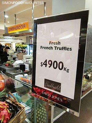 20101224_4208-David-Jones-Food-Hall_Fresh-French-Truffles-($4900-per-kg)